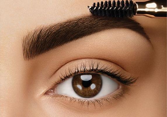 Como-contornas-e-preencher-sobrancelhas-Beautylist-5